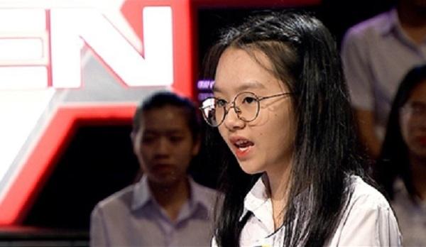 """Nữ sinh tranh biện """"Trường Teen"""" khẳng định siêu anh hùng ảnh hưởng tiêu cực đến thế hệ trẻ"""
