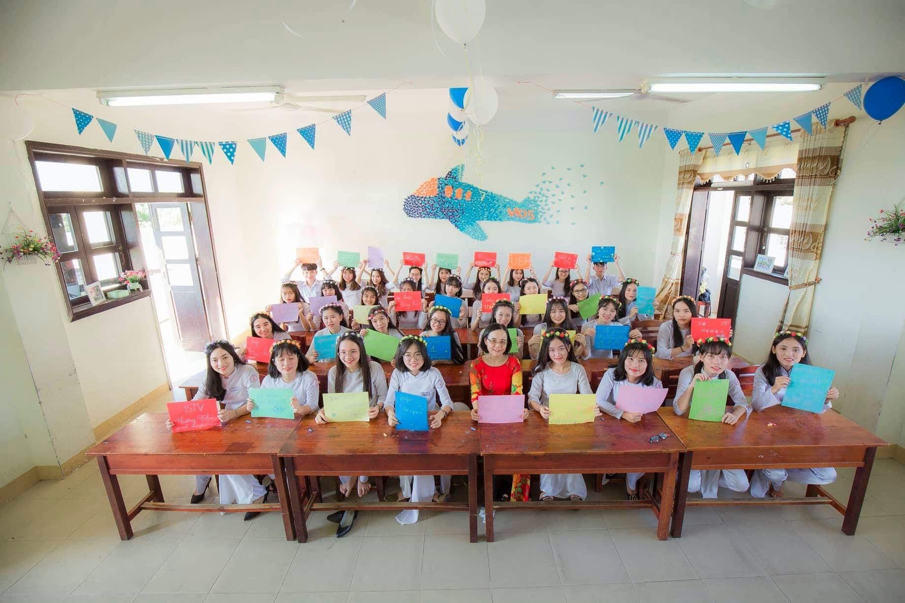Ảnh 4: Nữ sinh thi được 9.5 Văn - We25.vn