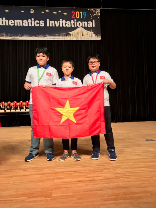 Ảnh 1: Việt Nam đạt 3 giải Kim cương - We25.vn
