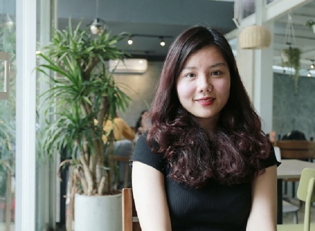 Thủ khoa Đại học Hà Nội: Từ nữ sinh mất gốc tiếng Việt khi về nước học đến điểm 10 khóa luận tốt nghiệp