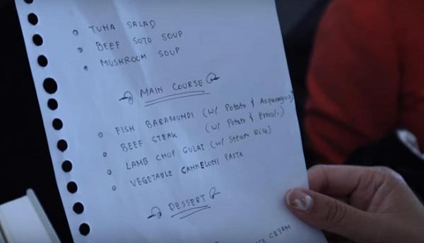 Đăng ảnh khoe thực đơn viết tay trên máy bay, You Tuber có nguy cơ đối mặt với án tù