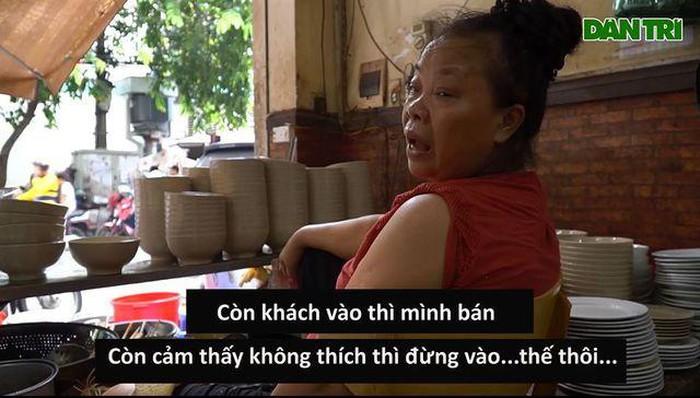 """Bà chủ quán """"bún chửi"""" ở Hà Nội gây bức xúc vì phát ngôn quá """"ta đây"""" chủ quán: """"Khách bị chửi phải xem lại mình"""""""