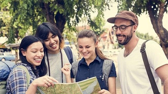 Chỉ tốt nghiệp cao đẳng, làm du lịch ra trường vẫn nhận mức lương 2.000 USD/tháng?