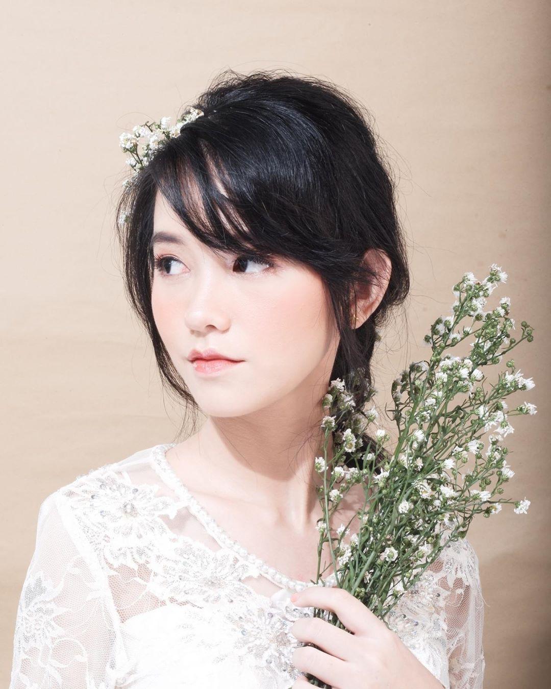 Ảnh 7: Nữ thẩm phán xinh đẹp - We25.vn