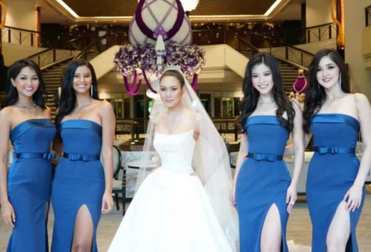 H'Hen Niê tươi tắn làm phù dâu đám cưới Hoa hậu Hoàn vũ Thái Lan