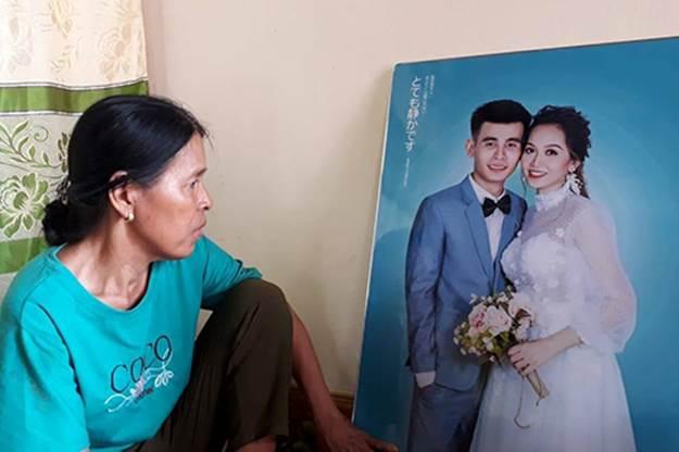 Đám cưới là ngày vui nhưng bỗng trở thành ngày buồn vì cô dâu chú rể bị tai nạn giao thông