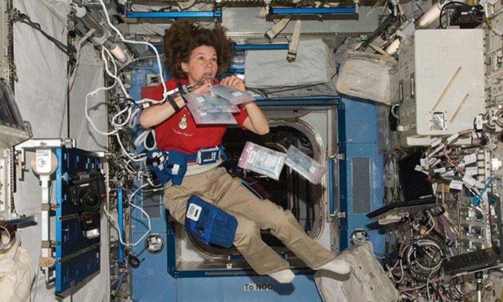 Trạm Vũ trụ Quốc tế vừa phóng một tàu vũ trụ đầy rác ra không gian để tiêu hủy