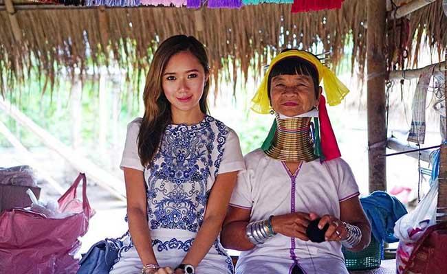 """Gặp gỡ tộc người """"phụ nữ cổ dài"""" cuối cùng ở Chiang Mai, Thái Lan"""