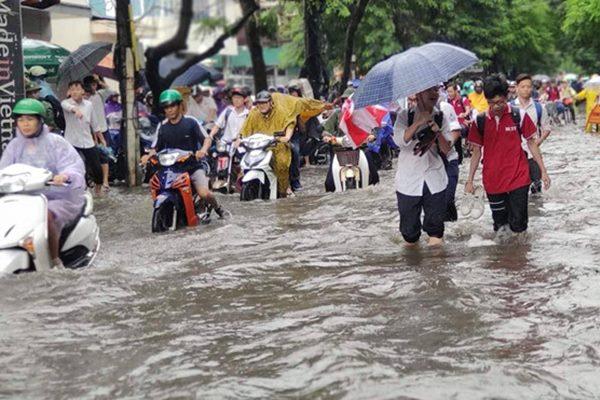 Hà Nội đối diện nguy cơ ngập úng nặng do bão số 3 đổ bộ