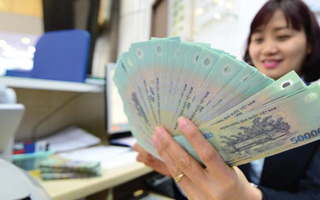 Người làm ngân hàng, bảo hiểm có mức lương cao nhất Việt Nam