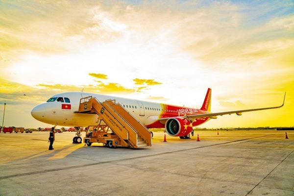 Vietjet thông báo lợi nhuận quý 2 cao hơn gấp 10 Vietnam Airlines