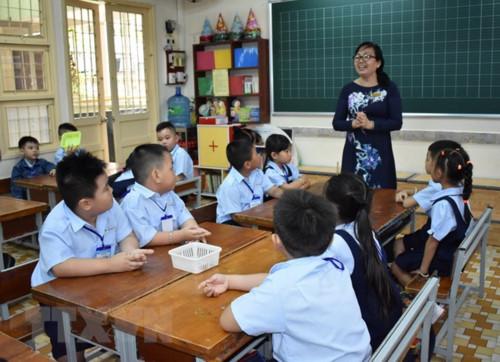 Ưu tiên tuyển dụng giáo viên mầm non, giáo viên dạy môn học mới ở phổ thông