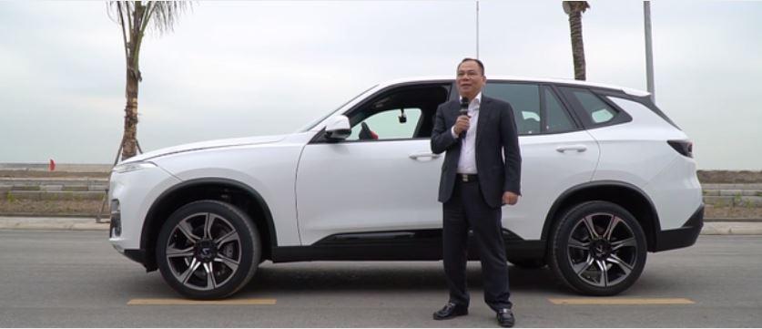 Vừa 'bỏ túi' 6000 tỷ, CĐM bất ngờ trước giá tiền chiếc xe yêu thích của ông Phạm Nhật Vượng