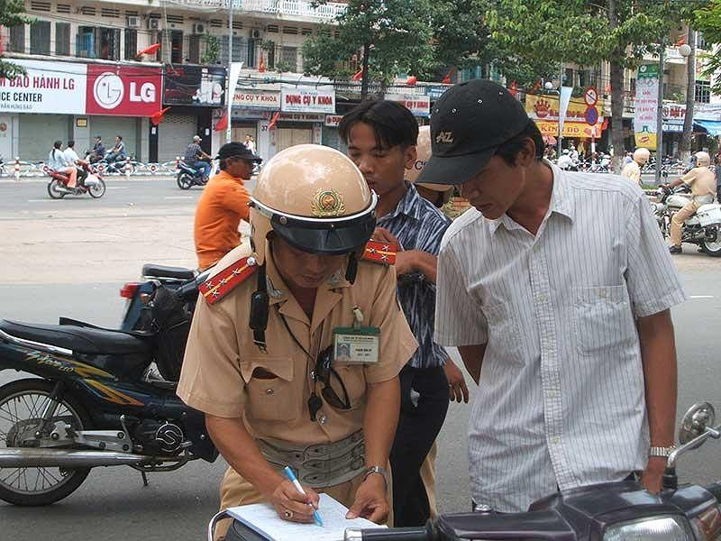 dat tien bao lanh phuong tien giao thong vi pham, nghi dinh 115/2013/NĐ-CP