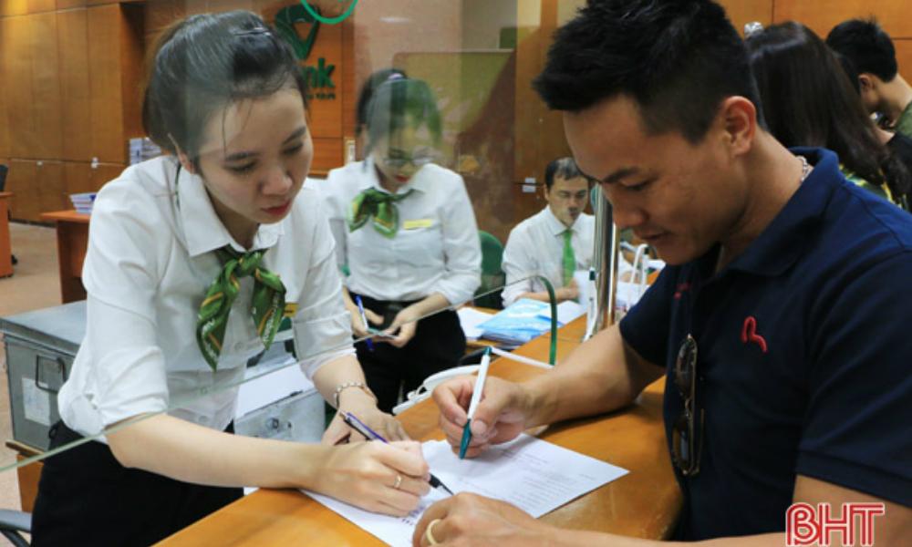 """3 """"ông lớn"""" ngân hàng đồng loạt hạ lãi suất cho vay thuộc nhóm lĩnh vực ưu tiên ở Hà Tĩnh"""
