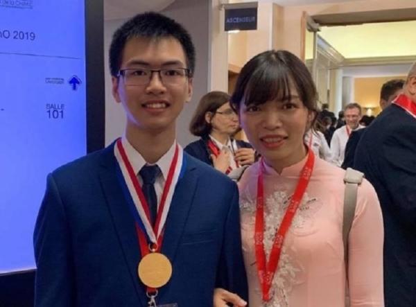 Giải đề thi đại học từ năm lớp 9, nam sinh chuyên Lam Sơn không bất ngờ khi giành HCV Olympic Hóa học Quốc tế
