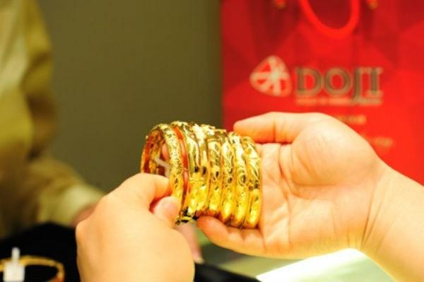 Tin hot nhất ngày 4/8: Giá vàng bỗng tăng vụt đạt kỷ lục trong suốt 6 năm qua