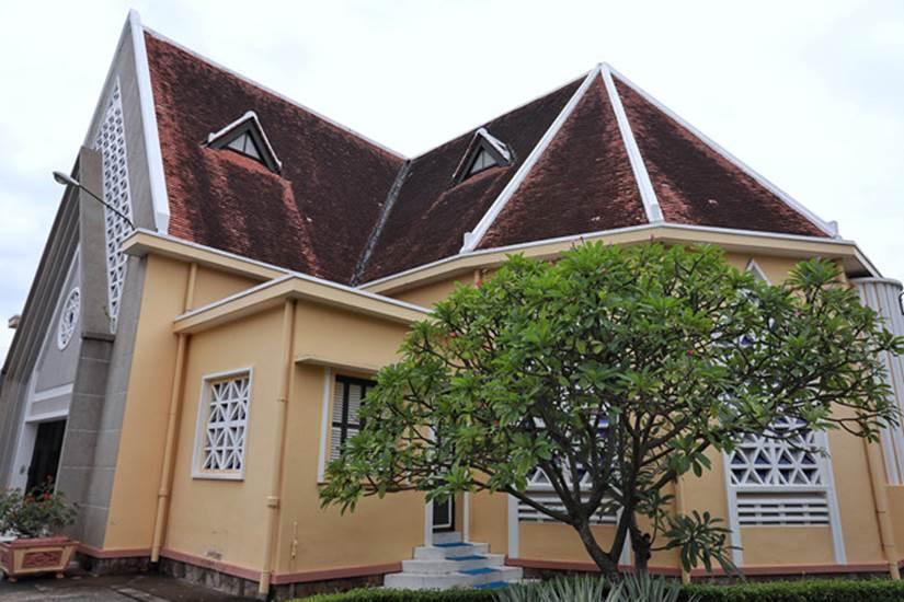Cận cảnh Nhà thờ Thủ Thiêm tồn tại gần hai thế kỷ