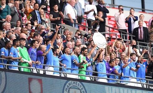 Man City thắng nghẹt thở Liverpool đoạt siêu cúp Anh
