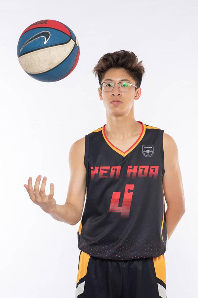 Ảnh 3: Hot boy bóng rổ 10x - We25.vn