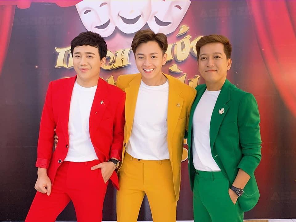 """Diện vest bảnh bao, nhưng Trấn Thành, Ngô Kiến Huy và Trường Giang lại khiến CĐM liên tưởng đến bộ phim hoạt hình """"3 nữ thám tử"""""""