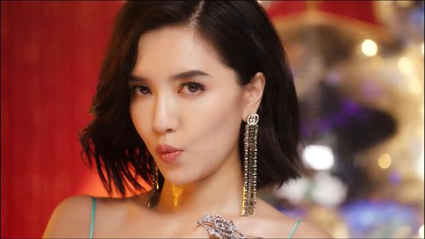 """Thấy Bích Phương tung MV quá xinh, Shark Khoa thả thính: """"Muốn đưa đi đu đi ghê"""""""