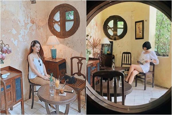"""Đứng ngồi không yên trước quán cà phê Ban Công view phố cổ đang """"hô mưa gọi gió"""" giới trẻ Hà Thành"""