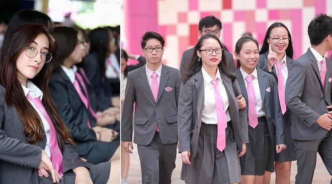 """Lễ khai giảng """"chanh sả"""" của hội """"rich kid"""" trong ngôi trường toàn màu hồng ở Hà Nội"""
