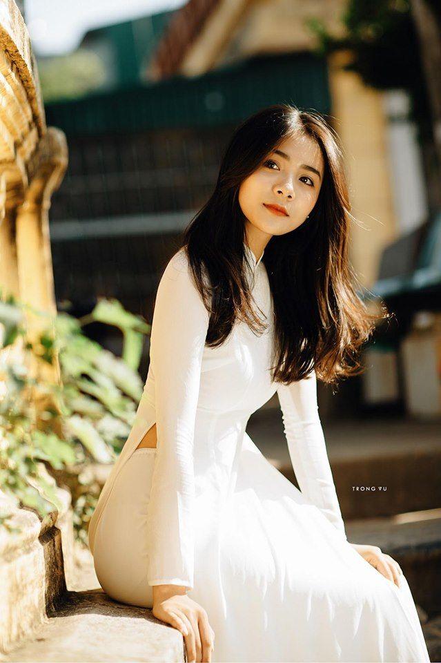 Nổi tiếng nhờ những bức ảnh áo dài trắng, nữ sinh Bắc Ninh xưa nay đã là hot girl du lịch ngàn người follow
