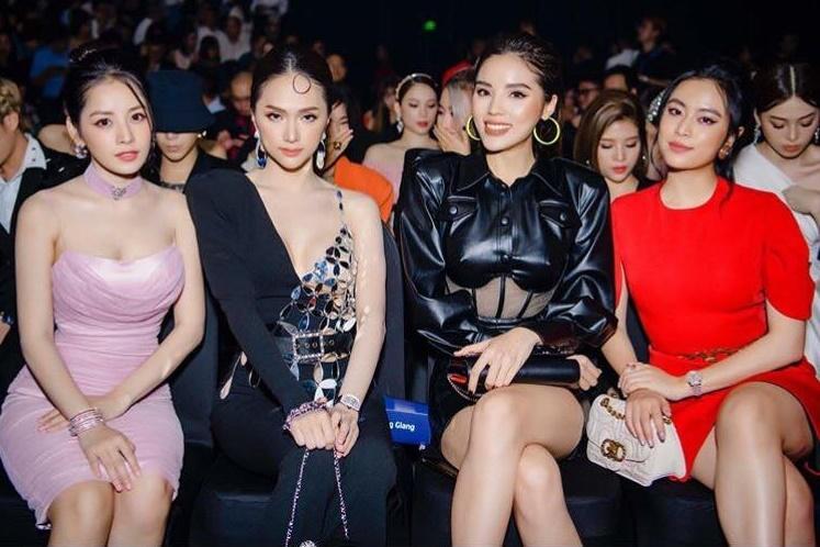 """Cuộc hội ngộ của 3 """"cặp bưởi"""" gây tranh cãi sau hơn nửa năm, Chi Pu vẫn """"vượt trội"""" hơn hẳn Kỳ Duyên và Hương Giang vì dùng váy độc"""