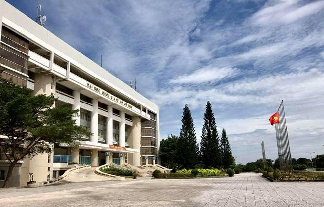 ĐH Quốc gia TP HCM vào Top 500 trường đại học đạt tỷ lệ sinh viên ra trường có việc làm cao nhất thế giới