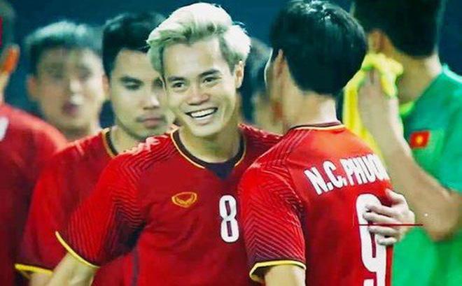 """Công Phượng lâu không ra sân, Văn Toàn được kỳ vọng """"phá lưới"""" Malaysia tại vòng loại World Cup 2022"""