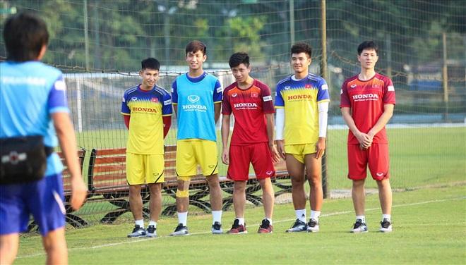 """Lộ """"quân bài"""" bí mật của thầy Park trước trận gặp Malaysia ở vòng loại World Cup 2022"""