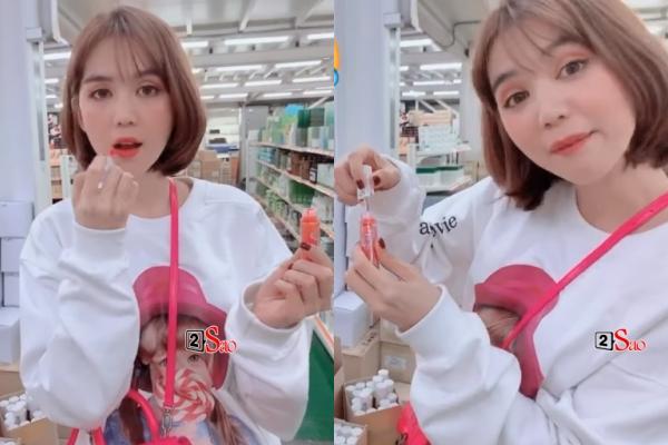 """Ngọc Trinh bị lên án gay gắt vì ý thức """"kém duyên"""" khi đi thử son trong quầy mỹ phẩm tại Hàn Quốc"""