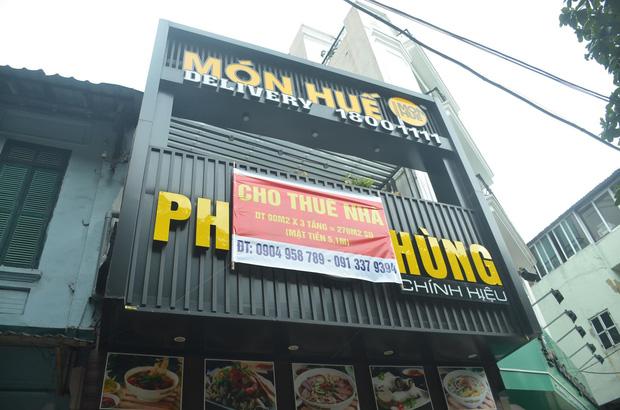 Hàng loạt cửa hàng Món Huế ở Hà Nội đóng cửa, tháo dỡ biển hiệu không rõ lý do