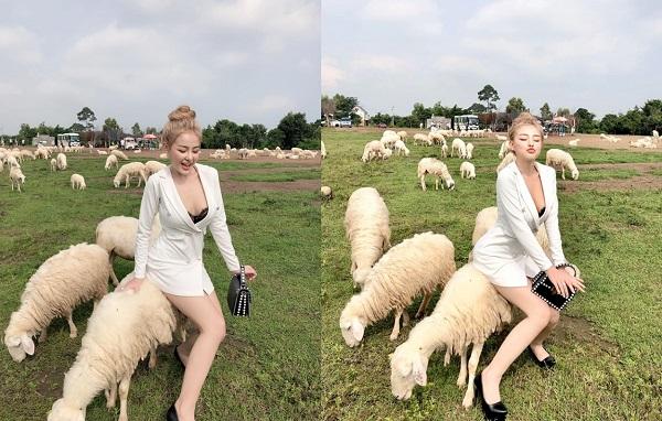 Khoe ảnh chụp bên đàn cừu, Ngân 98 bị netizen chỉ trích: Mang danh Á hậu mà lại ngồi tạo dáng trên lưng cừu