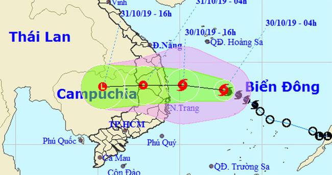 Bão số 5 đang vào Quảng Ngãi - Khánh Hòa, giật cấp 11 và gây mưa lớn