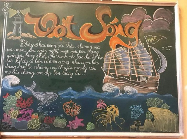 """Học sinh """"múa phấn"""" xuất thần biến bảng đen thành những tấm thiệp khổng lồ tri ân thầy cô nhân ngày 20/11"""