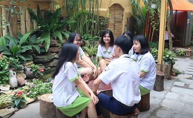 Ghen tị với căng tin trường THPT Nguyễn Thị Diệu: Không giới thiệu lại tưởng quán sang chảnh mới mở