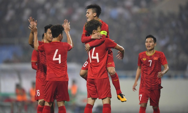 Quang Hải đeo băng đội trưởng ĐT U22 Việt Nam tại SEA Games 30