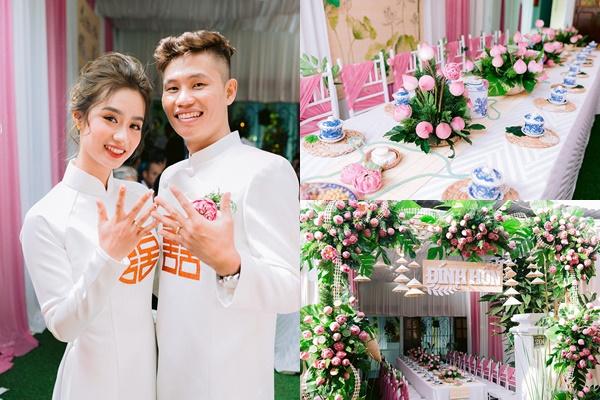 Chi 30 triệu mua 2.000 bông sen trang trí, đám cưới của cặp đôi Đắk Lắk nổi như cồn trên MXH