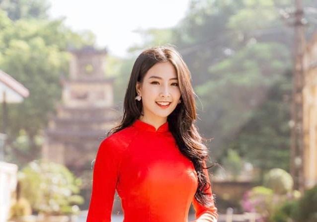 Vẻ đẹp tựa gái Hàn của tân Hoa khôi Nữ sinh thanh lịch Thủ đô 2019