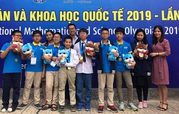 """Học sinh Việt Nam xuất sắc giành 15 HCV tại kỳ thi Olympic Toán học và Khoa học quốc tế 2019 trên """"sân nhà"""""""