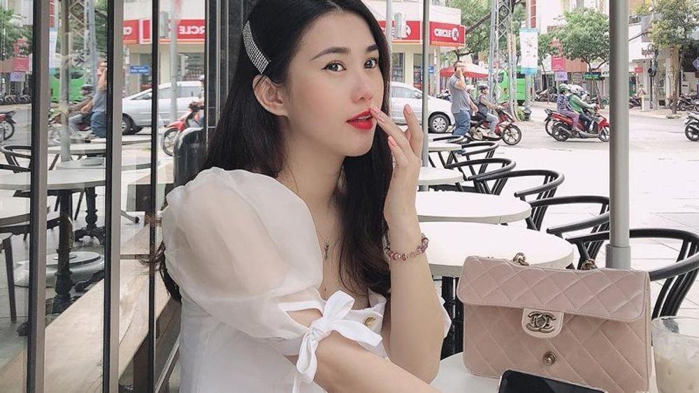 """U30, hot girl Ngọc Thảo ra yêu cầu nếu đàn ông muốn bao nuôi cô: """"Cứ chồng tiền trước rồi tính"""""""