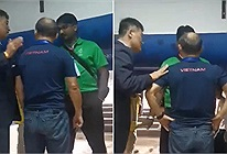 Lộ clip thầy Park bị nhân viên an ninh giam lỏng dưới tầng hầm SVĐ ở trận Chung kết SEA Games
