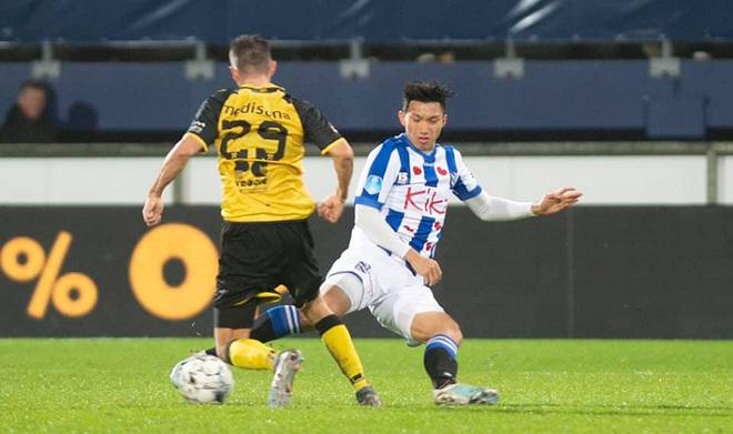 Văn Hậu lần đầu ra sân trong trận đấu chính thức với đội 1 Heerenveen tại cúp Quốc gia Hà Lan