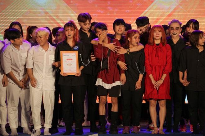 20 sinh viên tài năng được xướng tên trong đêm chung kết HUTECH's Talent 2020
