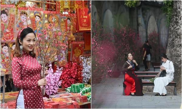 """Xuân sang """"xúng xính"""" lên đồ check-in Chợ hoa xuân 2020 quanh phố đi bộ Hà Nội"""