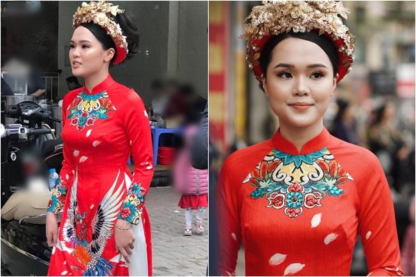 """Cận cảnh bộ áo dài ăn hỏi siêu """"đầu tư"""" của bạn gái Duy Mạnh: Không còn là """"công chúa béo"""" mà đã tung cánh thành hoàng hậu"""