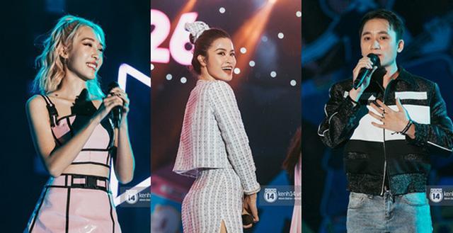 """Choáng với trường cấp 3 mời một lúc 16 ca sĩ hàng đầu như Đông Nhi, Trúc Nhân, Phan Mạnh Quỳnh... """"quẩy"""" trong đêm nhạc thường niên"""
